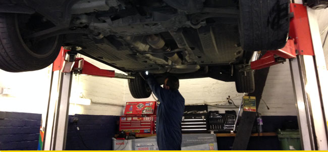 Vehicle Servicing Pinner